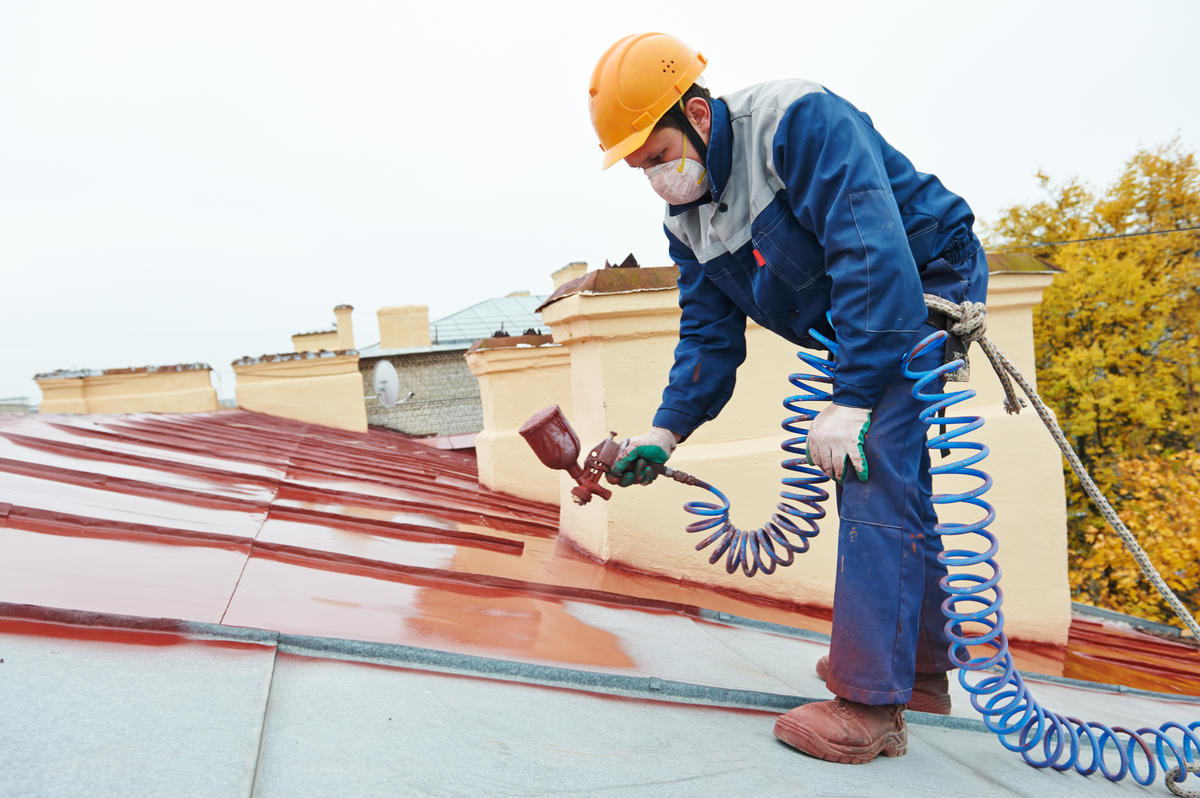 La rénovation de toiture : avantages, prix et entretien